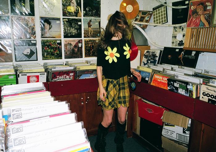Lazy Oaf - Un negozio di dischi