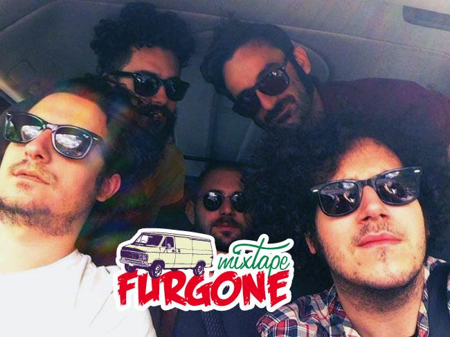 Nicolò Carnesi compila il mixtape furgone