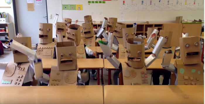 Kraftwerk video bambini scuola tedesca