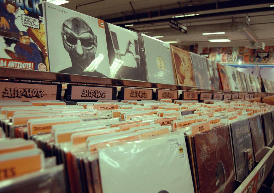 via www.flickr.com/photos/mayrarodriguez - record store, record shop