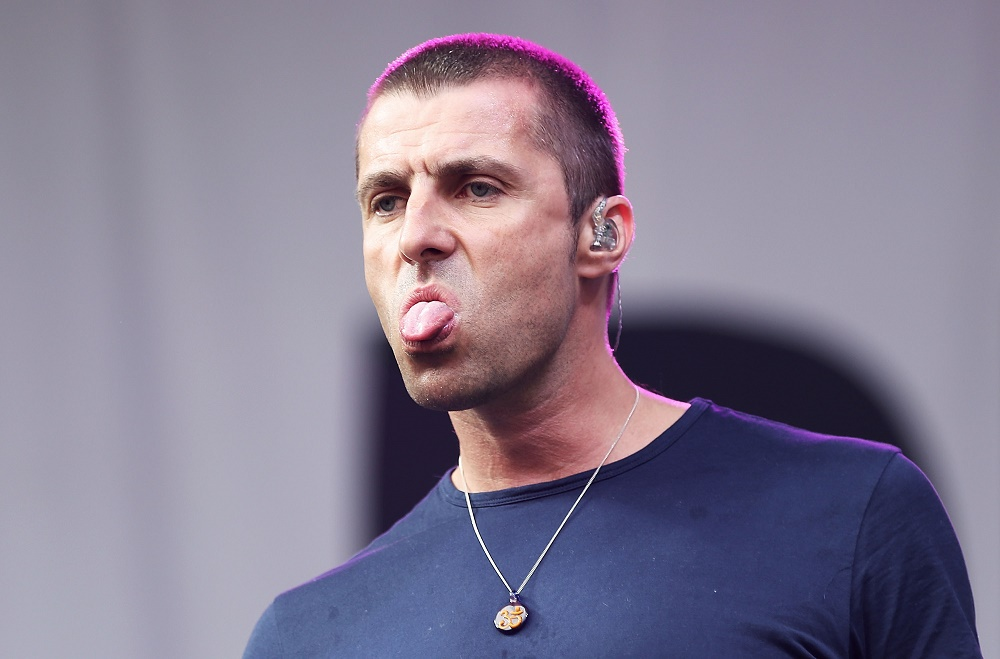foto via musictimes.com - Liam Gallagher