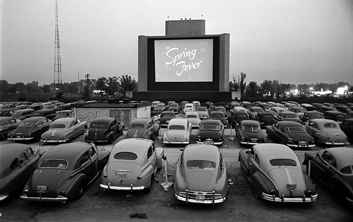 via ilmitte.com - Drive in cinema