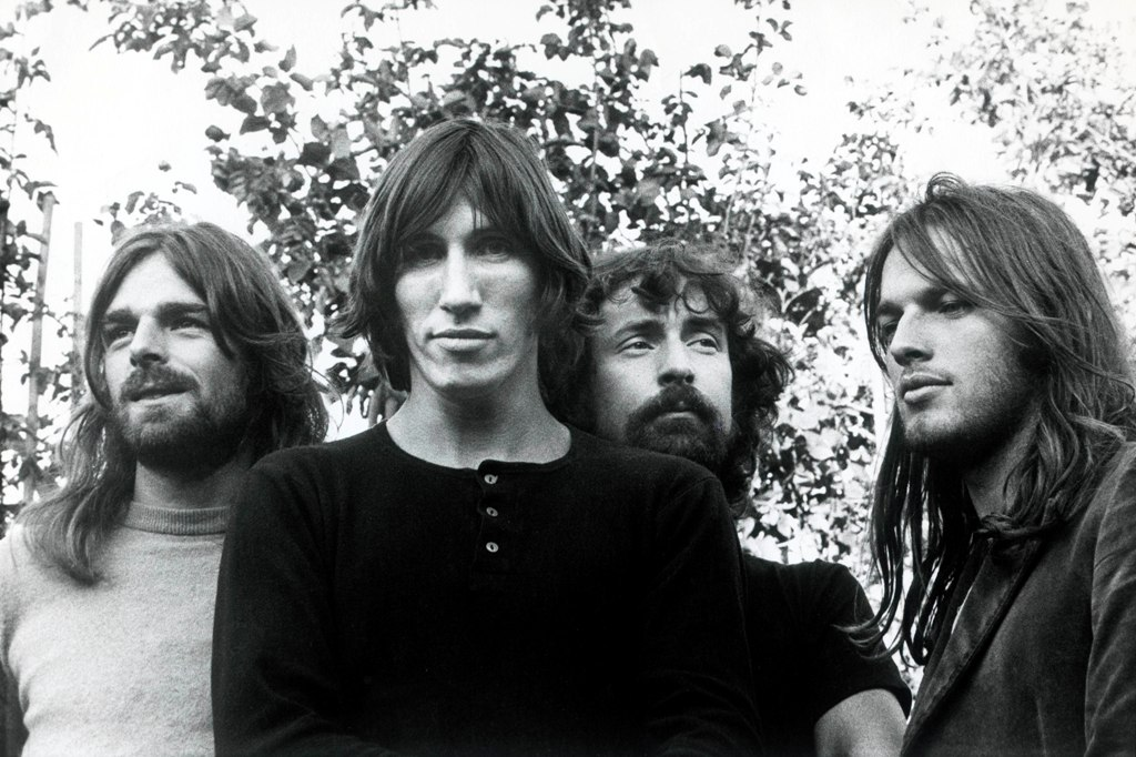 "Pink Floyd, all'asta il Disco d'Oro di ""The Dark Side of the Moon"" - foto di Storm Thorgerson"