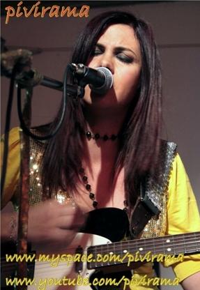 Raffaella Carrà scopre il rock e vende dieci milioni di copie. A volte, i miracoli avvengono per davvero