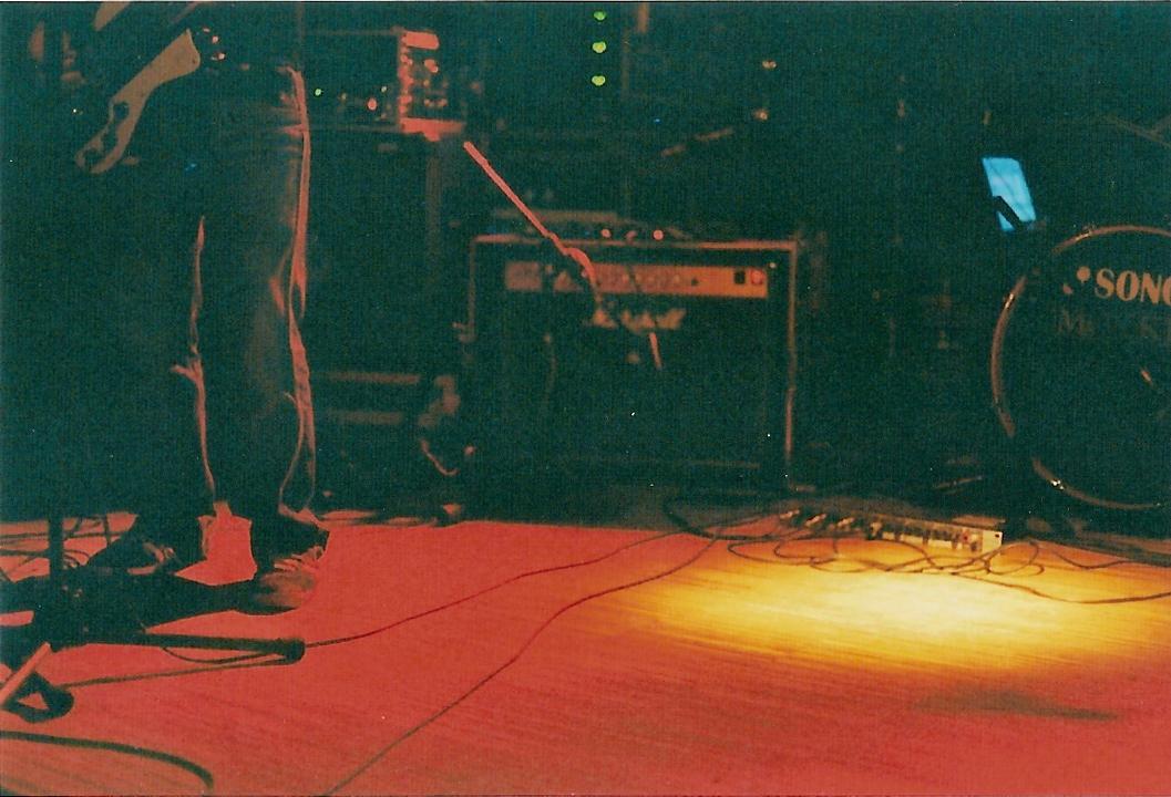 foto di Prescilla Gringott - Perdonate il ritardo, eravamo impegnati con il nostro festival e tutti gli altri sono rimasti indietro. Anche se un mese dopo, è importante raccontarvi come è andata l'edizione 2013 del Roma Pop Fest. Una due giorni curata nei mimimi particolari, comun denominatore il pop migliore che ci sia, e ques