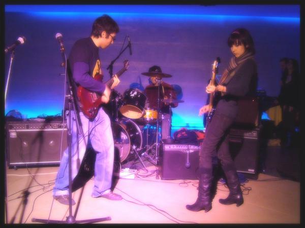 Un'immagine del video di City of Who dei John Canoe