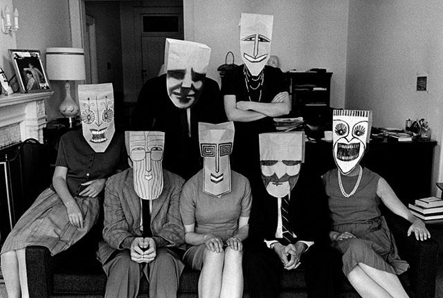 Mask Series with Saul Steinberg - photo Inge Morath