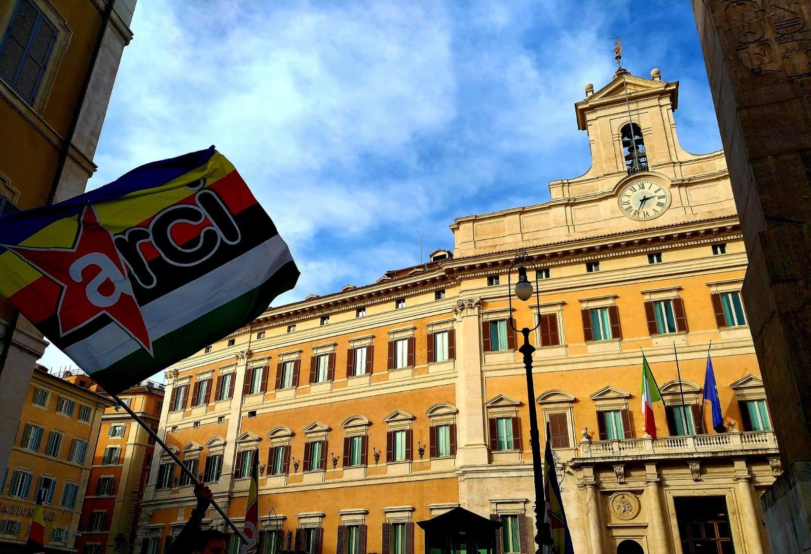 Durante il Presidio in Piazza Montecitorio IL 30/10/20 per