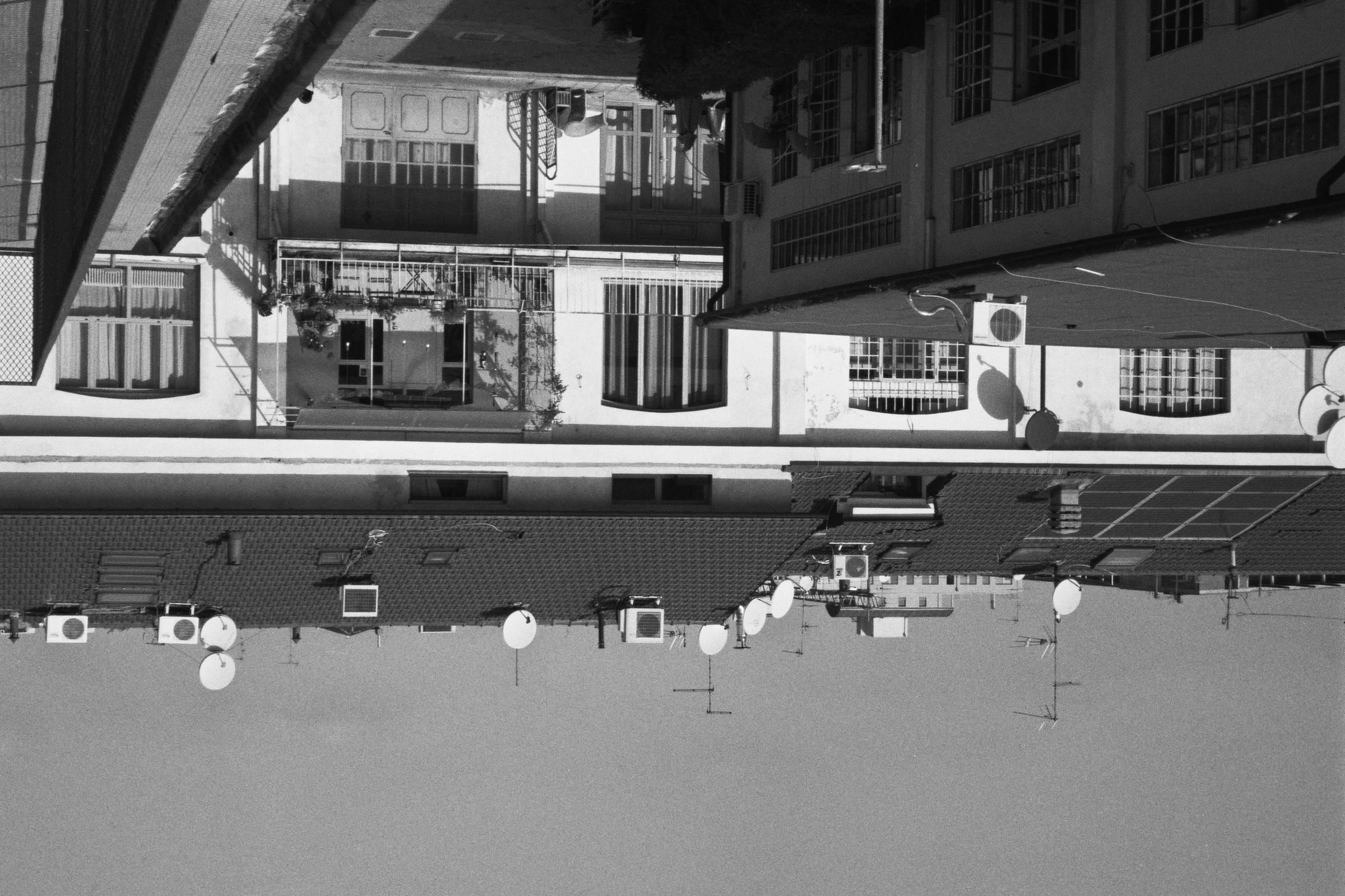 Vista esterna di alcuni loft in Tuci - foto di Luca La Barbera