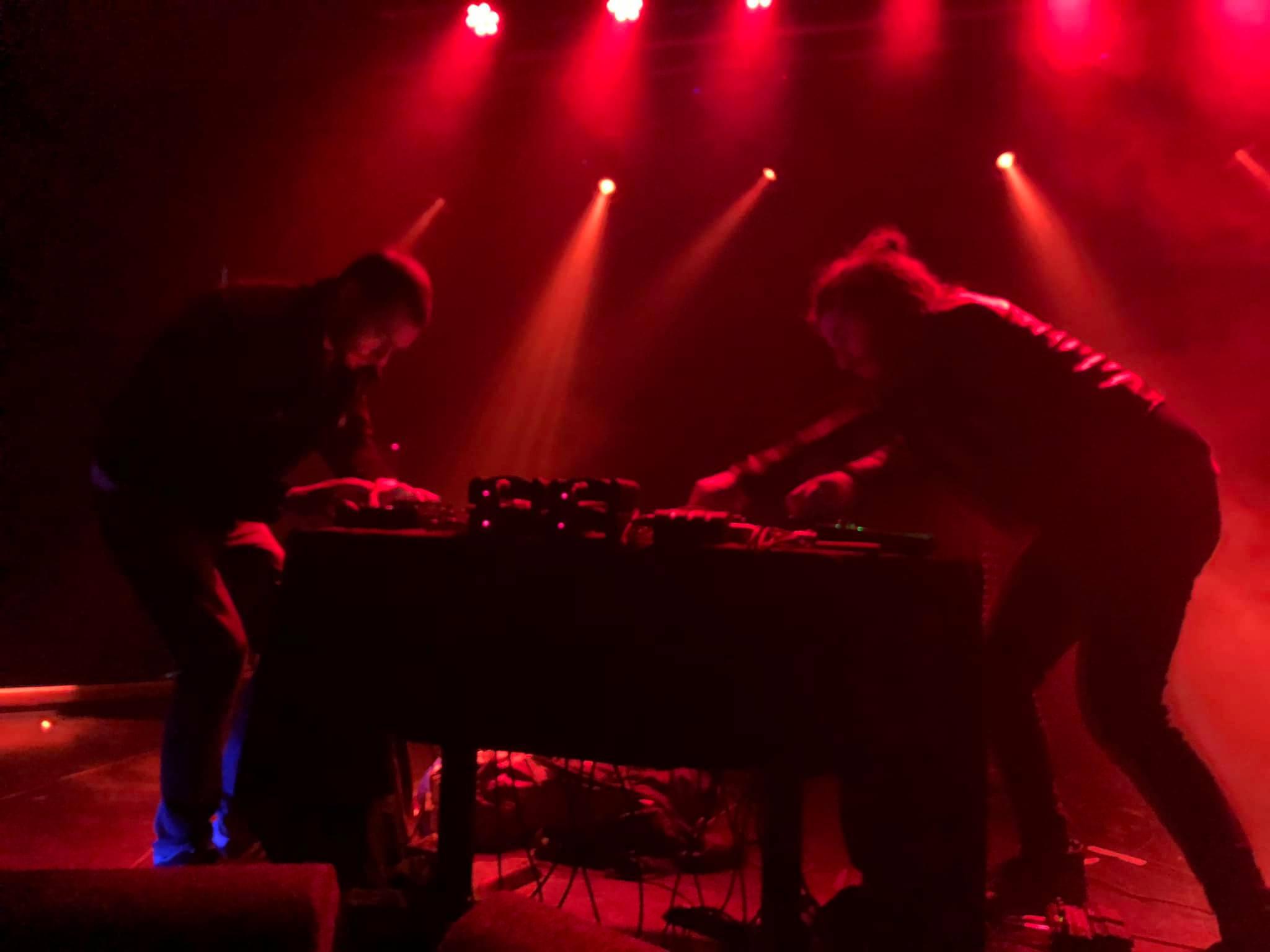 Live all'Oslo Club di Londra al Label Mates Festival, nel 2019