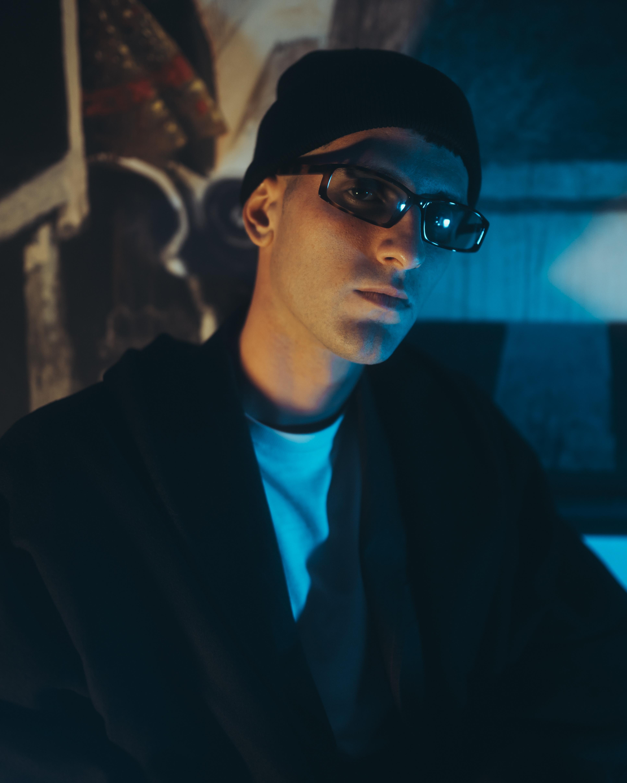 Primo piano del rapper romano Ph. Michele Perna
