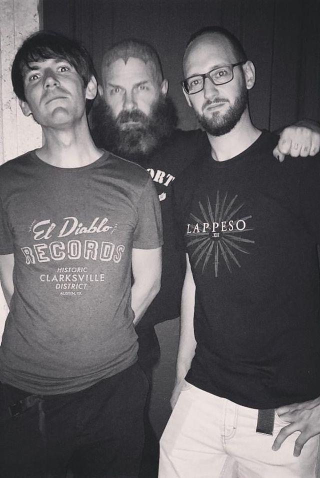 Franz è a sinistra, Tim, parecchio riconoscibile, in mezzo