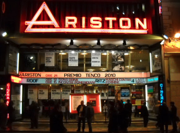 Il teatro Ariston di Sanremo per il Premio Tenco il 10 novembre 2010