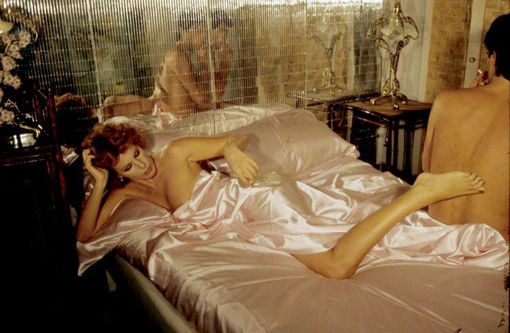 Risultati immagini per ornella vanoni nuda