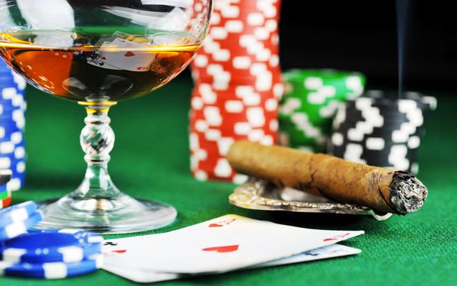 poker ascolto musica