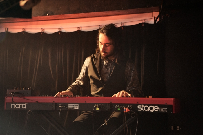 Il tastierista sul palco