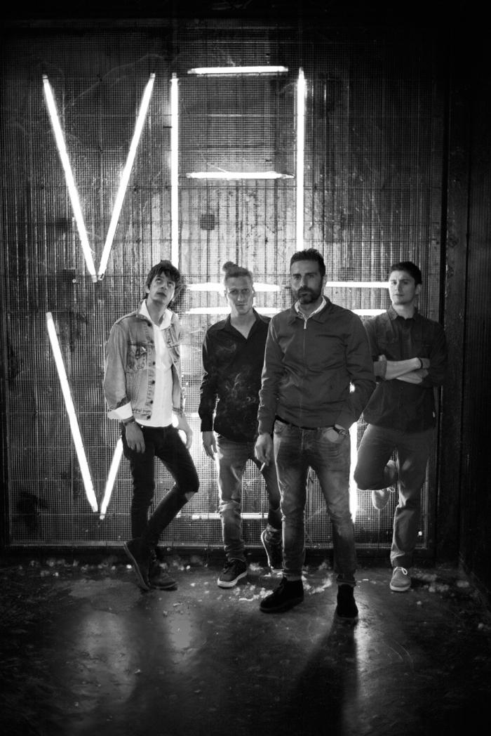 Velvet02