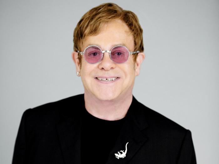 9. Elton John -  73.5 milioni di copie