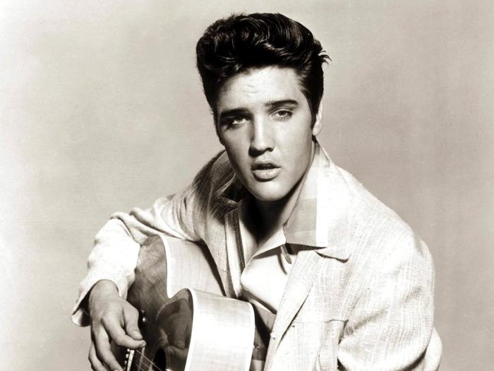 3. Elvis Presley - 135.5 milioni di copie