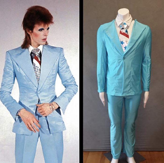 """Il vestito utilizzato da David Bowie nel video di """"Life on Mars"""""""