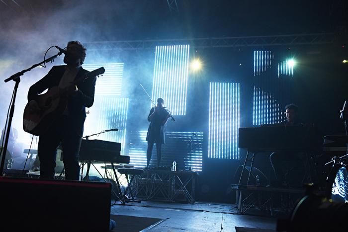Brunori Sas sul palco della Casa della Musica di Napoli