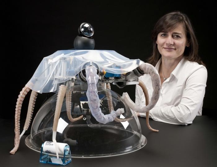 Cecilia Laschi, Professoressa dell'Istituto di BioRobotica della Scuola superiore di studi universitari e di perfezionamento Sant'Anna di Pisa