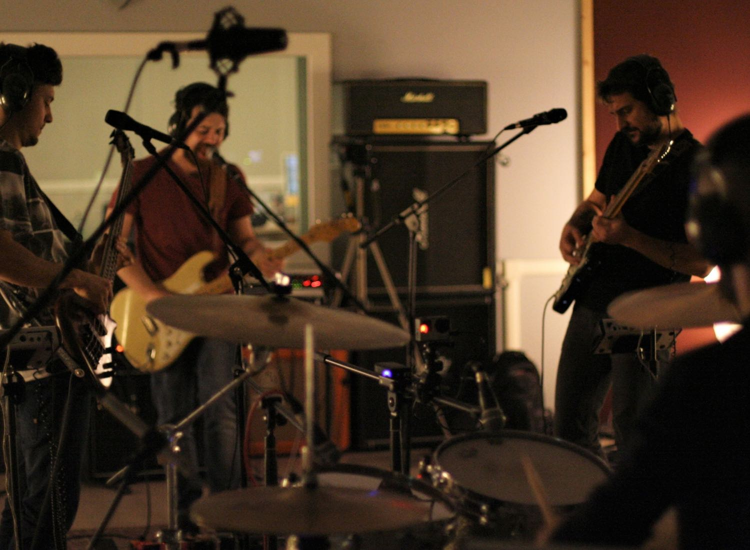 Live in Studio @ IndieBox Music Hall