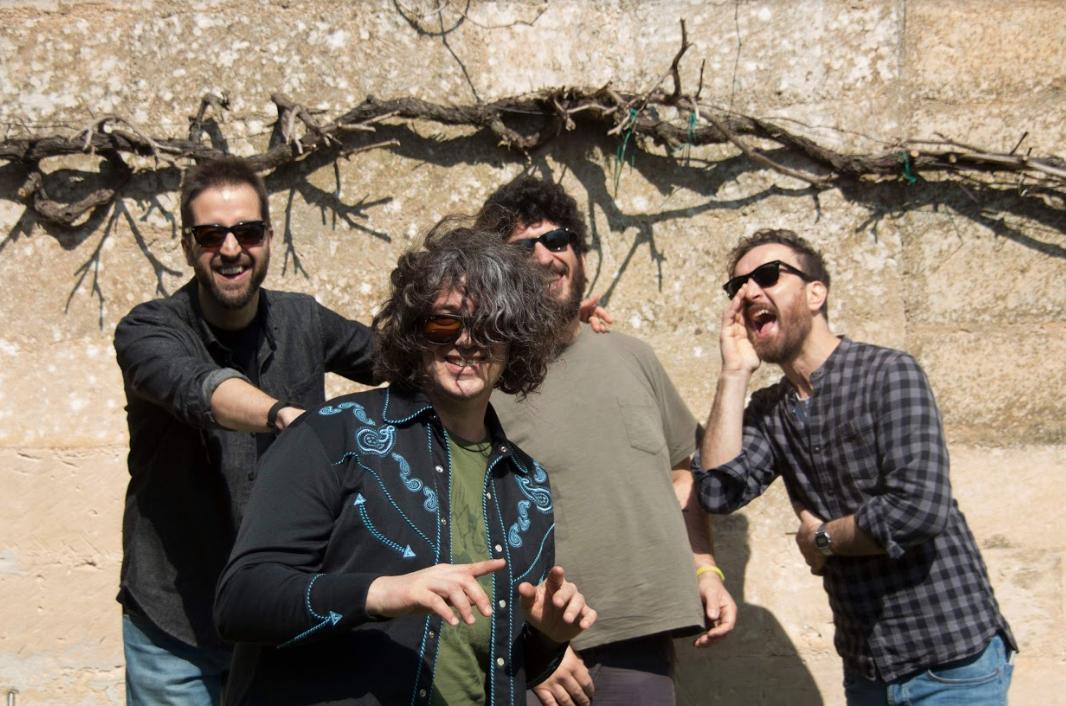tobia lamare live band 2019.jpg
