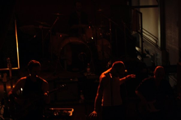 band dark