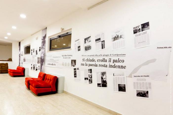 interno foyer_mostra_ph Matteo Abati.jpg