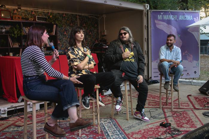 Talk con Ilaria Nacci (Circolo Magnolia), Marta Fantin (Factory Flaws, DICE) e Emiliano Colasanti (42 Records) sull'Altro Palco di MI MANCHI, ANCORA