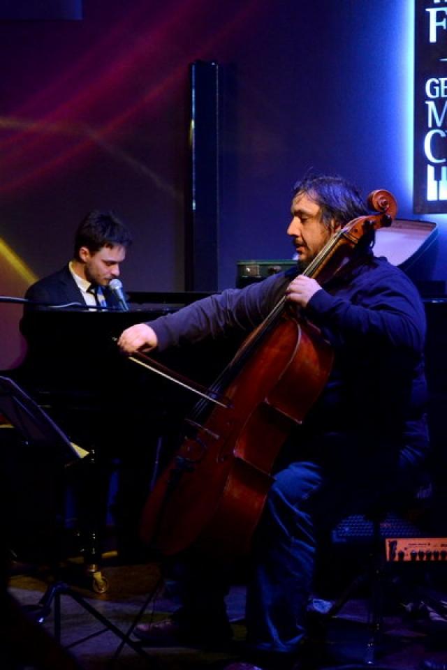 live+cello