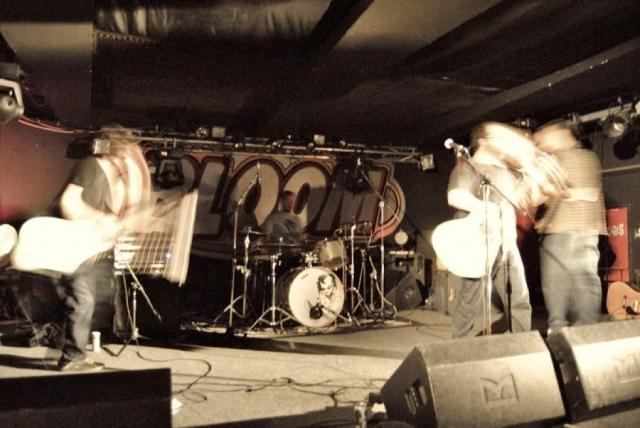 live @ Bloom 2011