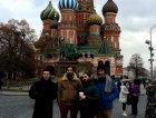 Damon, Giuliano, Martin e Antonio per la foto di rito nella piazza rossa attrezzati al meglio delle nostre possibilità.
