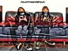 Touchmeandshout4