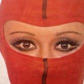 Raffaella Carrà e la storia di Rumore, con cui è diventata rockstar in tutto il mondo