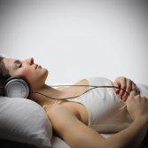 La classifica delle 20 canzoni più utilizzate su Spotify per addormentarsi