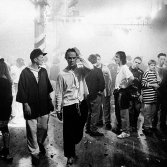 Gente che balla all'Haçienda