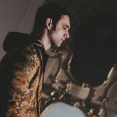 """Cosmo nel backstage di """"Quando ho incontrato te"""" (foto di Vito Maria Grattacaso)"""
