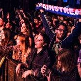 Il pubblico al concerto di Calcutta al The Cage, foto di Sebastiano Bongi Tomà