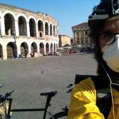 Una è un'istituzione della musica e della cultura dell'Italia e di Verona, l'altra è l'Arena