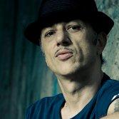"L'hip hop, la libertà e la ""sindrome di Claudia Koll"": Neffa si racconta"