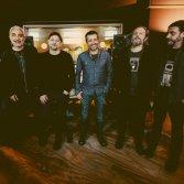 La band al completo: da sx a dx Lazzarotti, Rondanini, Tortora, Silvestri, Fiaschi, Galioto - foto Simone Cecchetti