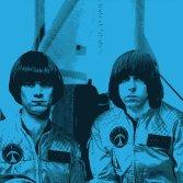 Basta miliardari, vogliamo i Ramones nello spazio