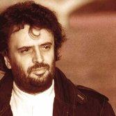 """Ivano Fossati nella copertina del disco """"La pianta del tè"""" del 1988"""