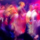 La politica sta costringendo la musica in Italia all'illegalità