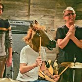 Da sx: Calvin Hartwick, One Horse Band e Dave Schiffman. Dream House Studios di Toronto