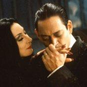 musical, Elio e Geppi Cucciari impegnati nell'adattamenteo del musical di Broadway sulla Famiglia Addams