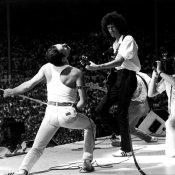 cd, Il Greatest Hits di Queen è il primo album a sfondare i sei milioni di dischi venduti in Inghilterra