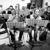 orchestra, I Tre Allegri Ragazzi Morti in versione Jazz Swing